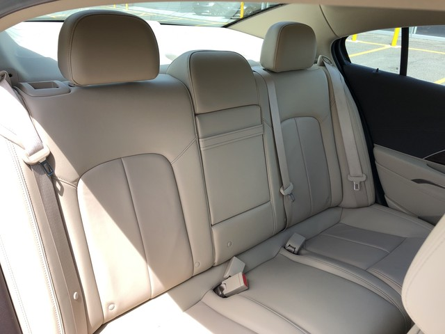 Pre-Owned 2016 Buick LaCrosse Leather