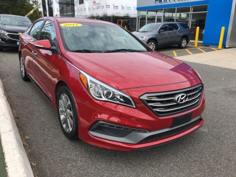 Pre-Owned 2017 Hyundai Sonata Sport Front Wheel Drive 4dr Car